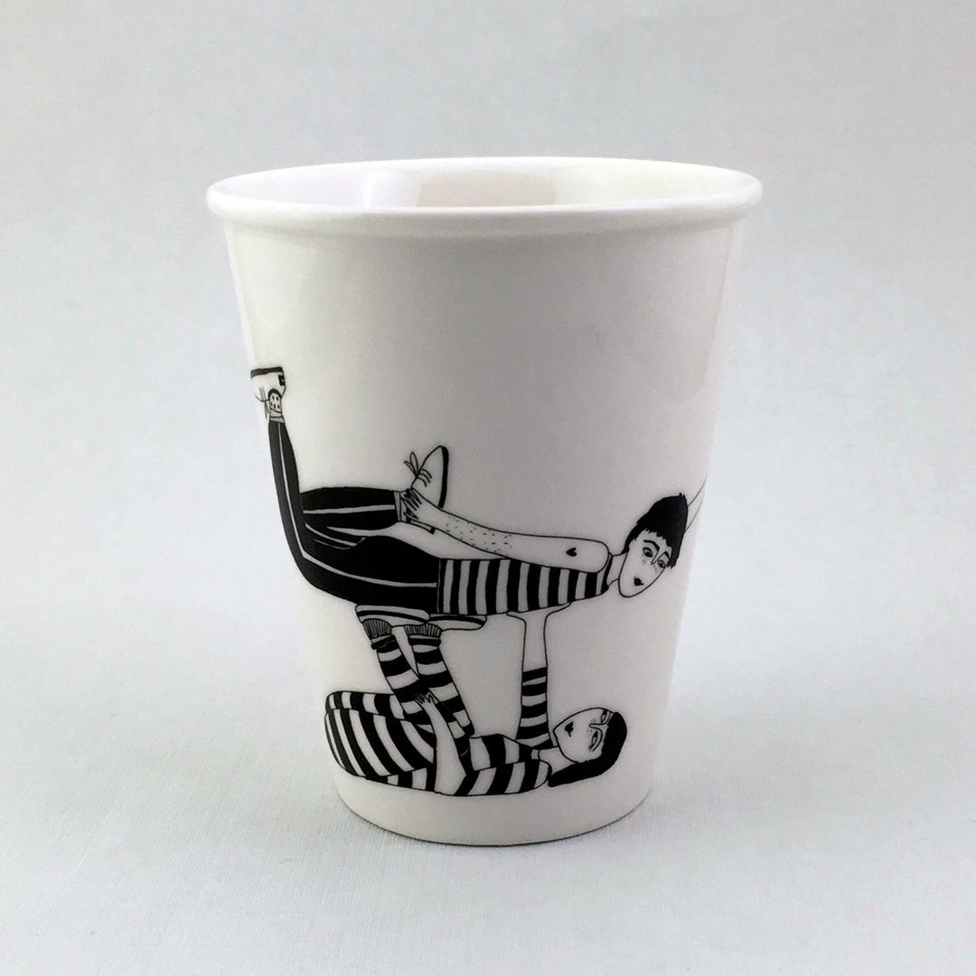 Taza cerámica ilustrada parella ximnasia