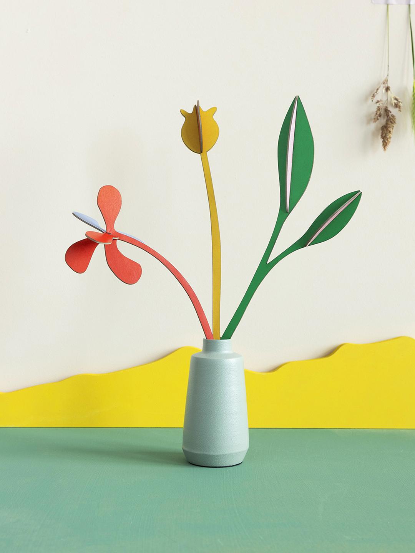 """Flores 3D """"Boogie Primavera"""" cartón reciclado."""