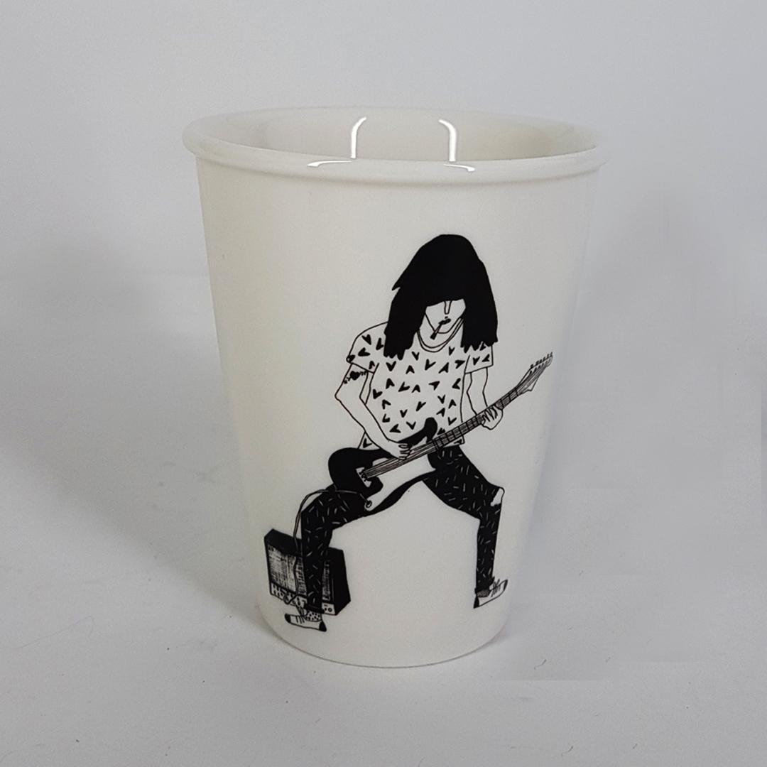 Taza  cerámica ilustrada guitarrista