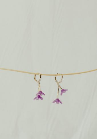 Pendentes aro 2 flores lila 3D
