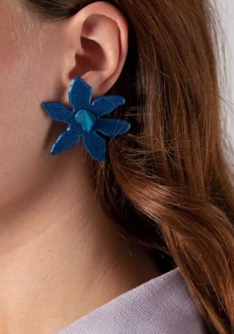 Pendentes biodegradables flor azul.