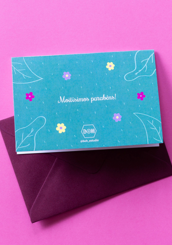 "Postal ""Parabéns "" flores."