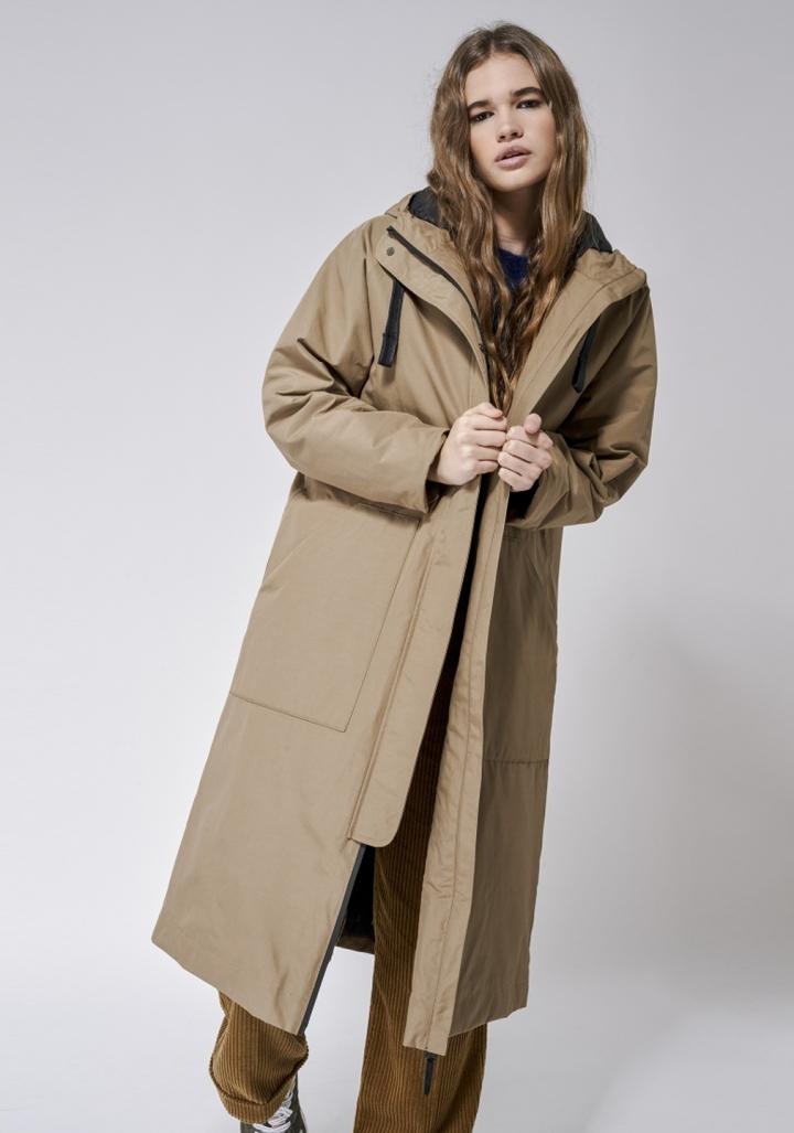 Abrigo impermeable longo petos XL carapucha