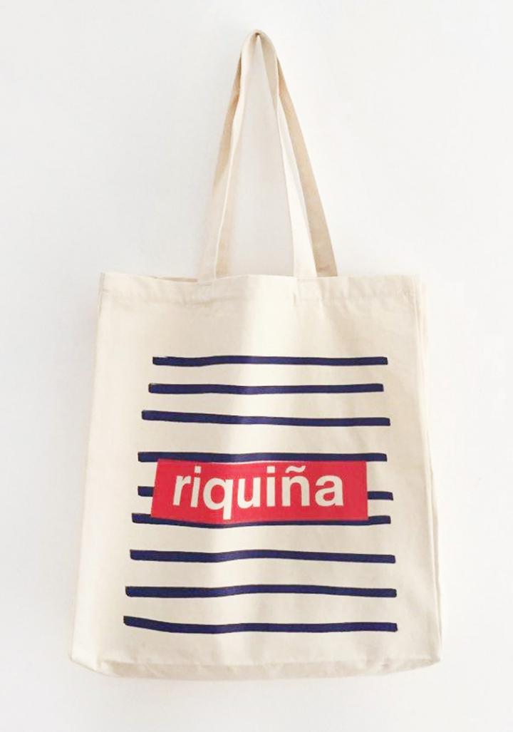 "Saca ""Riquiña"" con fuelle algodón orgánico serigrafía"