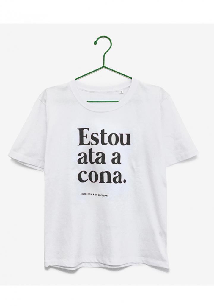 """Camiseta """"Estou ata a cona"""" br l ng"""