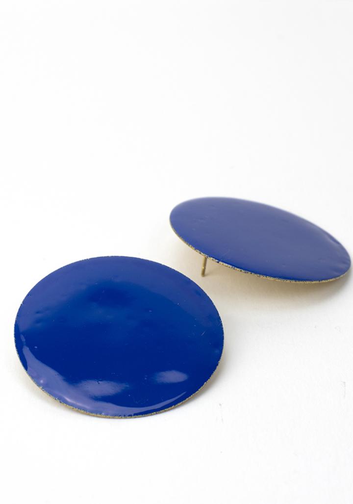 Pendentes círculo G esmaltado azulón